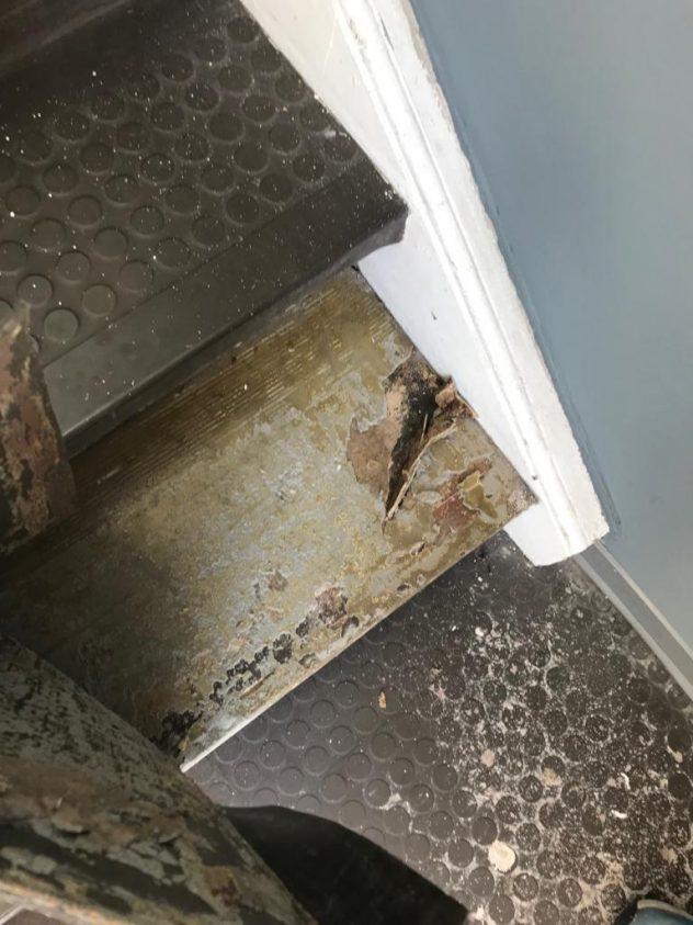 Ein Treppenhaus Mit Neuem Bodenbelag Maler Daniel Gmbh